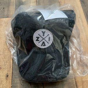Zyia - Mesh hat (black) NWT